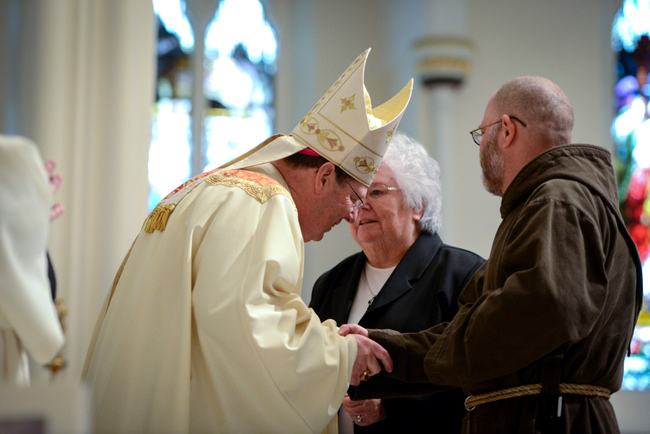 Solemn mass of installation photographs diocese of portland greeting of bishop deeley m4hsunfo Image collections